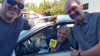 """PHOTOS: Roger & JP's """"You Gotta Be Sippin' Me"""" Summer Ale Drive-Thru Sale"""